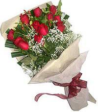 11 adet kirmizi güllerden özel buket  Iğdır Melekli anneler günü çiçek yolla