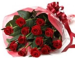 Iğdır çiçek yolla yurtiçi ve yurtdışı çiçek siparişi  10 adet kipkirmizi güllerden buket tanzimi