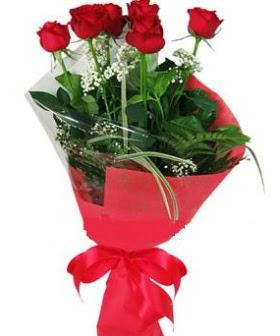 5 adet kırmızı gülden buket  Iğdır Tuzluca çiçek yolla