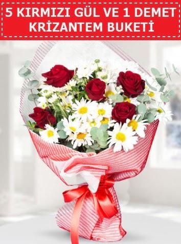 5 adet kırmızı gül ve krizantem buketi  Iğdır 7 kasım çiçekçiler
