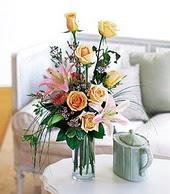 Iğdır Konaklı internetten çiçek siparişi  cam yada mika vazo içerisinde gül kazablanka
