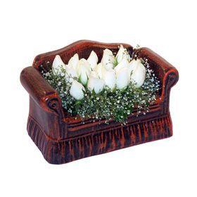 seramik içerisinde 11 gül  Iğdır Aşağı erhacı online çiçek gönderme sipariş