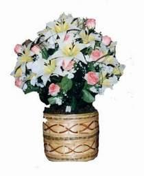 yapay karisik çiçek sepeti   Iğdır Aralık İnternetten çiçek siparişi