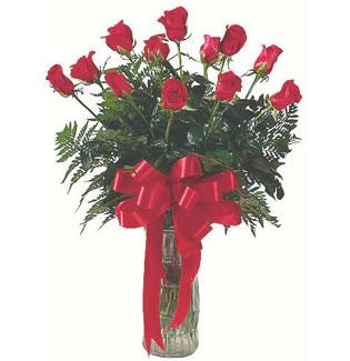12 adet gül cam içerisinde  Iğdır Yaycı çiçek mağazası , çiçekçi adresleri