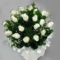 Iğdır Aşağı erhacı online çiçek gönderme sipariş  11 adet beyaz gül buketi ve bembeyaz amnbalaj
