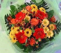 Iğdır Cumhuriyet çiçek siparişi vermek  sade hos orta boy karisik demet çiçek