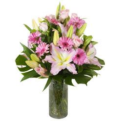 vazo içerisinde karisik mevsim çiçekleri  Iğdır Melekli anneler günü çiçek yolla