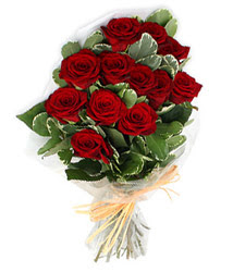 Iğdır topçular çiçek , çiçekçi , çiçekçilik  9 lu kirmizi gül buketi.