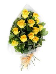 Iğdır Hakveis çiçek gönderme  12 li sari gül buketi.