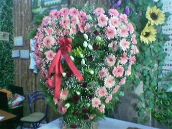 Iğdır Söğütlü çiçek siparişi sitesi  SEVDIKLERINIZE ÖZEL KALP PANO
