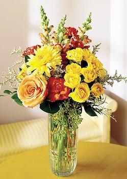 Iğdır çiçekçiler güvenli kaliteli hızlı çiçek  mika yada cam içerisinde karisik mevsim çiçekleri