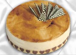 taze pasta 4 ile 6 kisilik yas pasta karamelli yaspasta  Iğdır Akyumak 14 şubat sevgililer günü çiçek