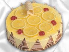 taze pastaci 4 ile 6 kisilik yas pasta limonlu yaspasta  Iğdır Karakuyu çiçek online çiçek siparişi