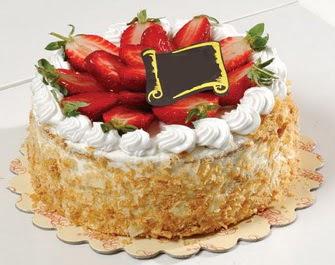 uygun pastaneler 4 ile 6 kisilik çilekli yas pasta lezzetli  Iğdır Özdemir hediye sevgilime hediye çiçek