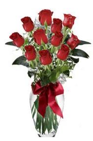 11 adet kirmizi gül vazo mika vazo içinde  Iğdır çiçekçiler güvenli kaliteli hızlı çiçek