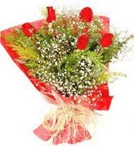 Iğdır çiçek yolla yurtiçi ve yurtdışı çiçek siparişi  5 adet kirmizi gül buketi demeti