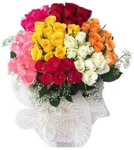 Iğdır Karaağaç internetten çiçek satışı  51 adet farklı renklerde gül buketi