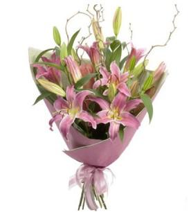 Iğdır Bağlar ucuz çiçek gönder  3 dal cazablanca buket çiçeği