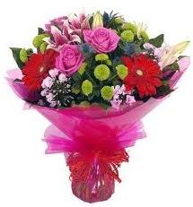 Karışık mevsim çiçekleri demeti  Iğdır Karakuyu çiçek online çiçek siparişi