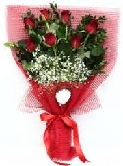 7 adet kırmızı gülden buket tanzimi  Iğdır Hoşhaber çiçek servisi , çiçekçi adresleri