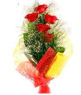 5 li kırmızı gül buketi  Iğdır Enginalan uluslararası çiçek gönderme