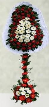 Iğdır Enginalan uluslararası çiçek gönderme  çift katlı düğün açılış çiçeği