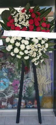 Cenaze çiçeği cenaze çiçek modelleri  Iğdır Obaköy cicekciler , cicek siparisi