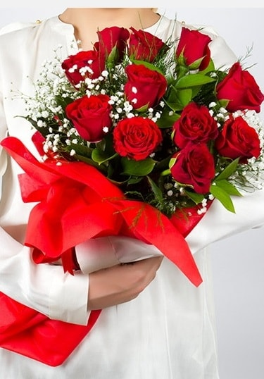 Aşk Gülleri 11 Adet kırmızı gül buketi  Iğdır Karaağaç internetten çiçek satışı