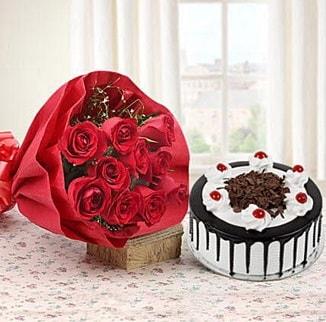 12 adet kırmızı gül 4 kişilik yaş pasta  Iğdır Konaklı internetten çiçek siparişi