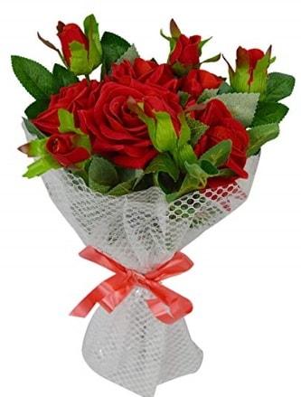 9 adet kırmızı gülden sade şık buket  Iğdır Karaağaç internetten çiçek satışı